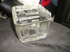 "VINTAGE HEAVY GLASS BOX / POT & LID GEOMETRIC LINES DESIGN 4"" SQUARE GREAT COND"